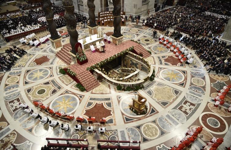 Papa Francesco presiede il Concistoro per la creazione di 17 nuovi cardinali (19 novembre 2016)