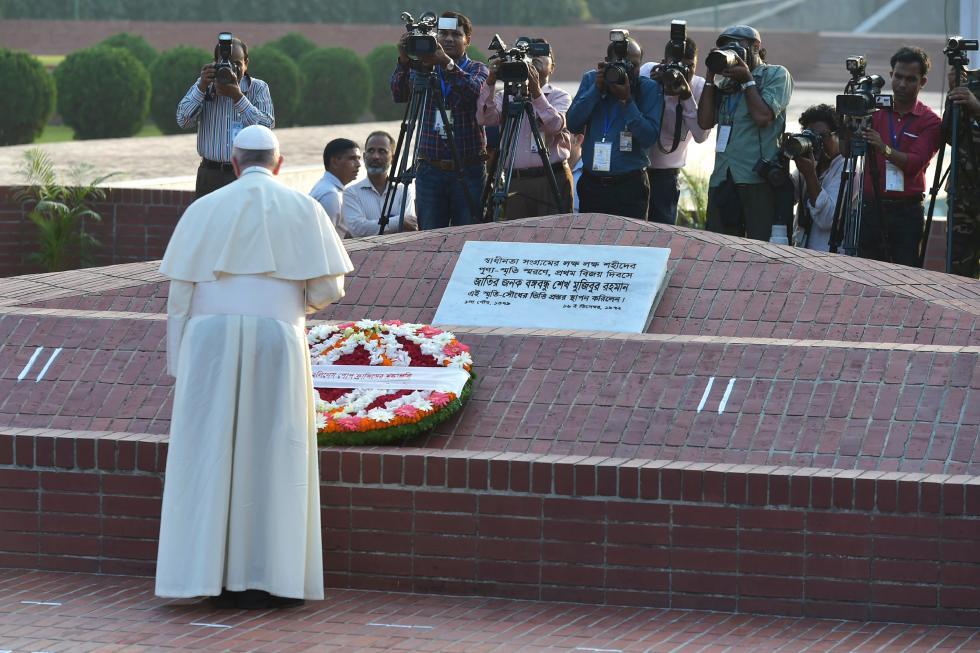 Savar, 30 novembre : Viaggio Apostolico in Myanmar e Bangladesh (26/11 – 2/12). Papa Francesco visita il