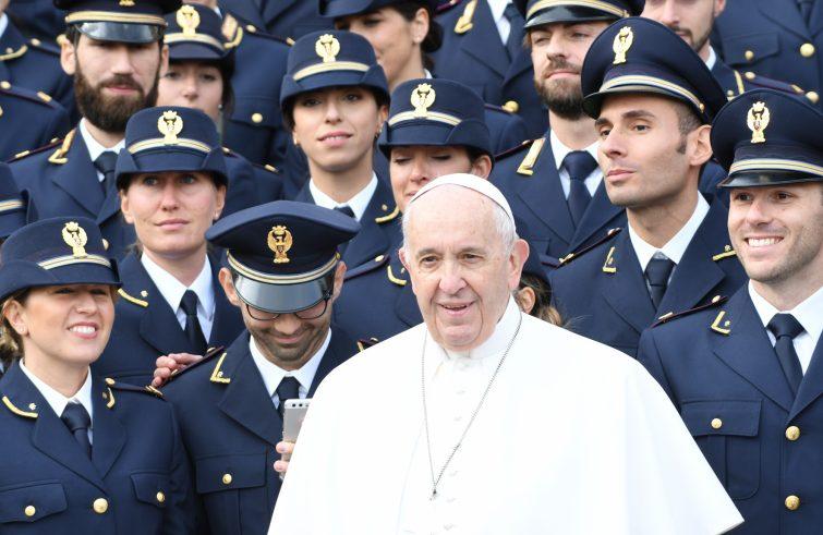Albania, Papa Francesco invia un contributo per l'immediata emergenza